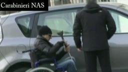 finto medico paraplegico